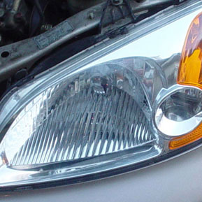 Texas Body Shop repairs fogged headlights